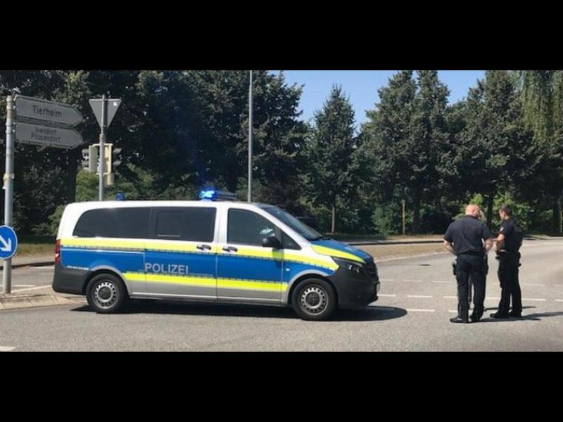 14 ранени при нападение с нож в автобус в Германия
