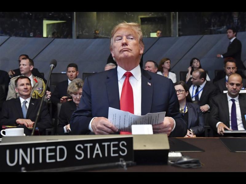 Тръмп: Ще помагаме на бедните от НАТО да си купят оръжие от САЩ