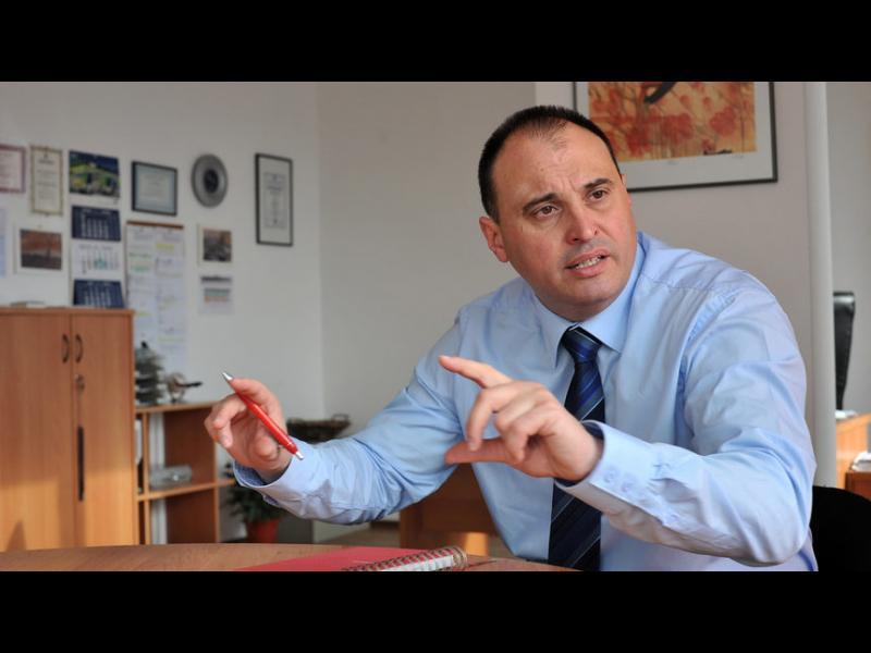 Няма риск от нов фалит на застрахователи, прогнозира икономист