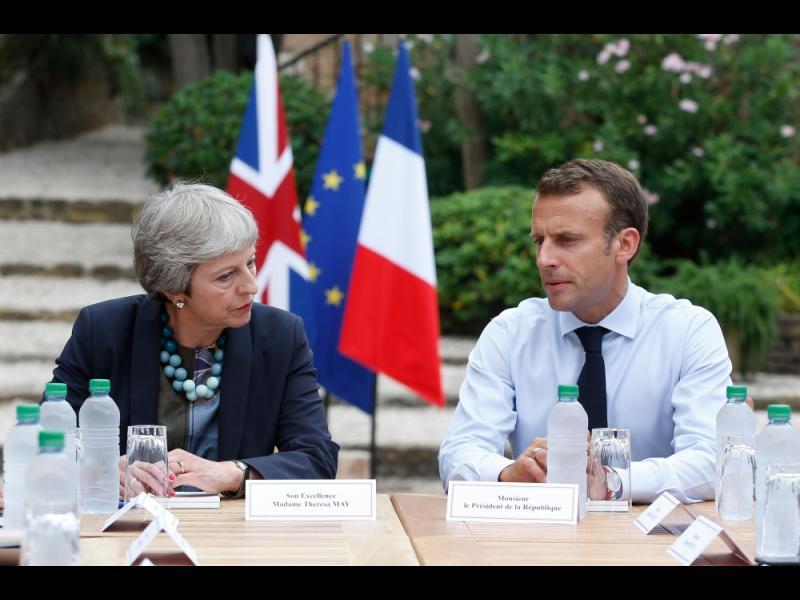 Макрон: Планът за Брекзит на Мей ще разруши Евросъюза