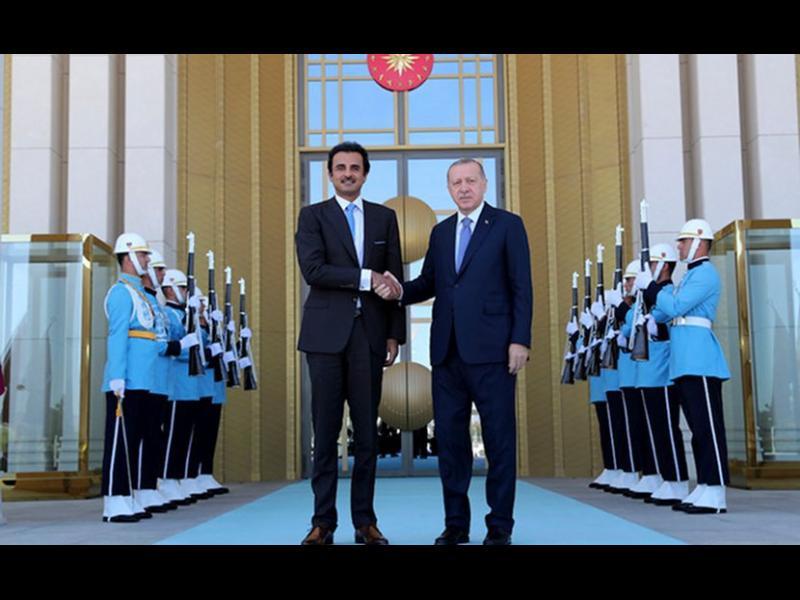 В Турция горят долари. Катар обеща $15 млрд. на Ердоган