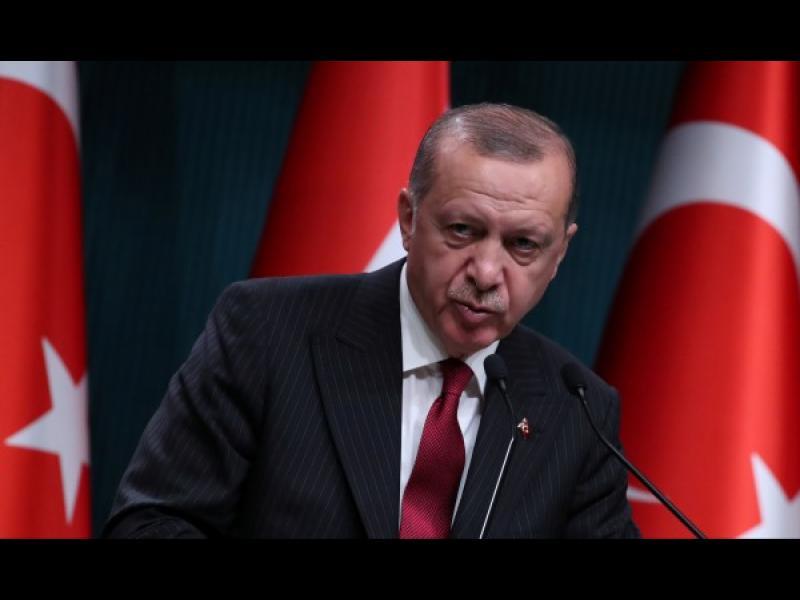 Ердоган се превърна в автократ, чиито популизъм доведе до бедствие