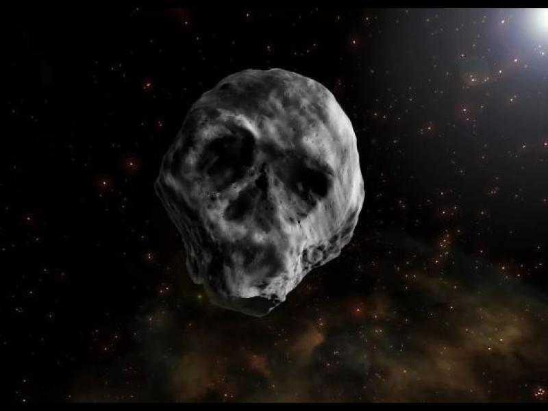 Посетител за Хелоуин - мъртва комета с форма на череп - картинка 1