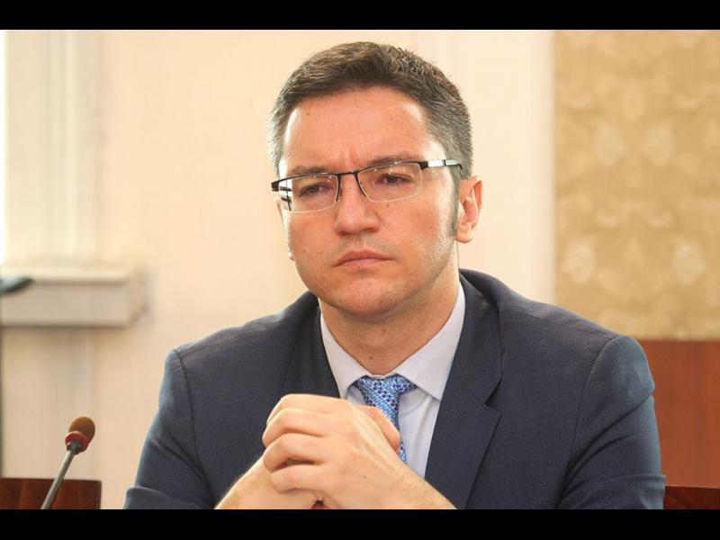"""Кристиян Вигенин: ОЛАФ да провери """"Джи Пи груп"""", а не Борисов да раздава присъди"""