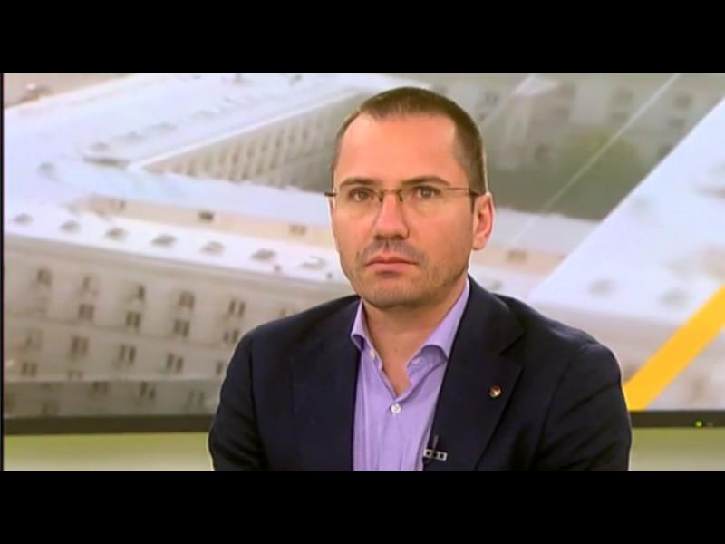 Джамбазки: Поведението на Сидеров отваря ниша за ДПС във властта
