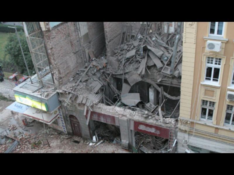 """Родителите на загиналите под сградата на """"Алабин"""" обжалват присъдите"""