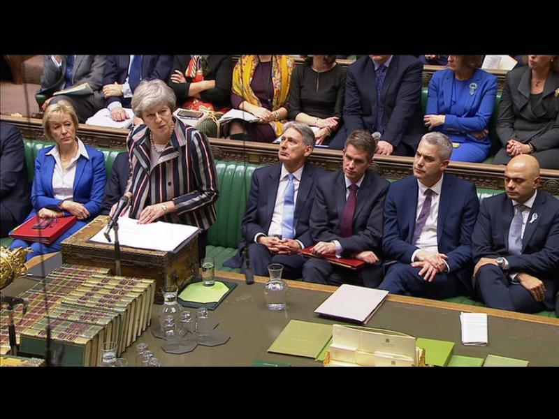 Мей има две седмици да убеди парламента за сделката за Брекзит