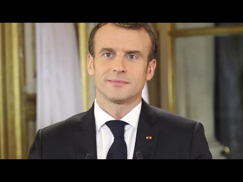 Макрон: Извънредни мерки в икономиката и за французите - картинка 1