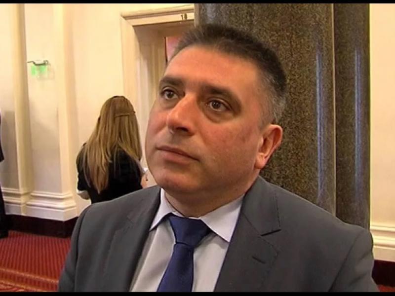 Адвокати до Данаил Кирилов: Такова право, каквото НС създава, ние не сме учили!