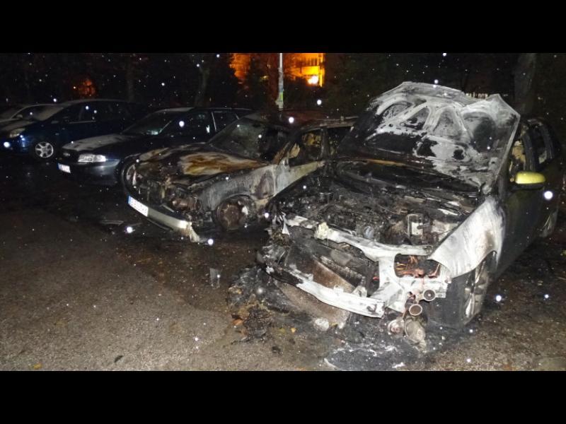 """Изпепелиха автомобили на свидетел по """"Суджукгейт"""" - картинка 1"""
