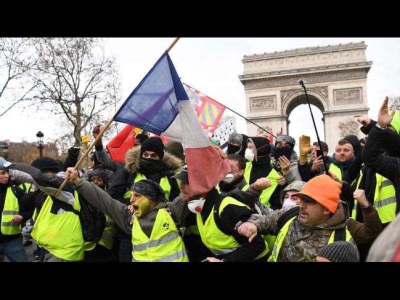 Tages-Anzeiger: Възможен е провал на демокрацията