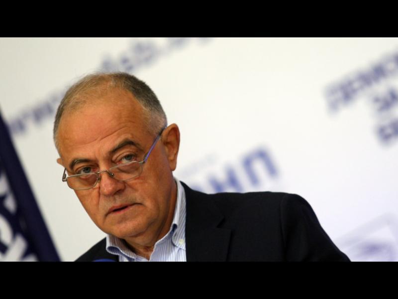 Атанас Атанасов: Няма да излезе нищо от делата срещу Баневи