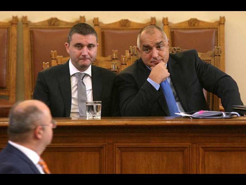 Инвестицията на Иван Сариев е самият финансов министър!