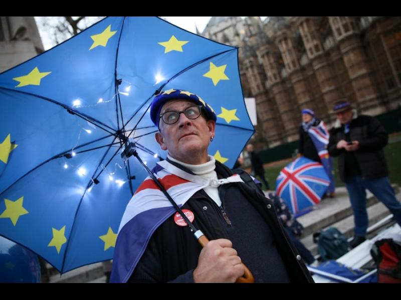 Британците са 54:46 за оставане в Евросъюза