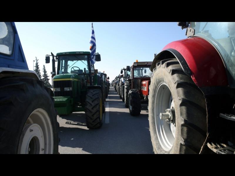 """Фермери от Гърция готвят блокада на ГКПП """"Кулата"""""""