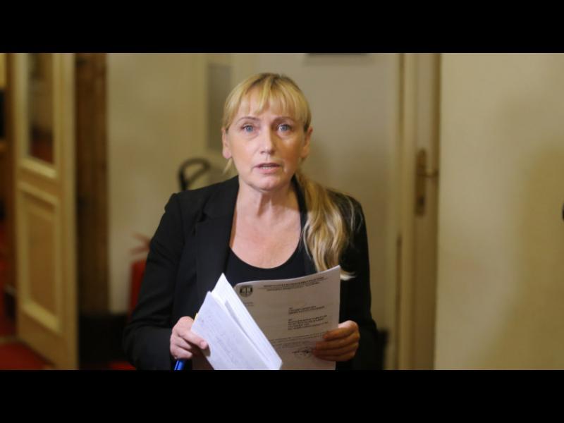 Прокуратурата обвини Елена Йончева в пране на пари