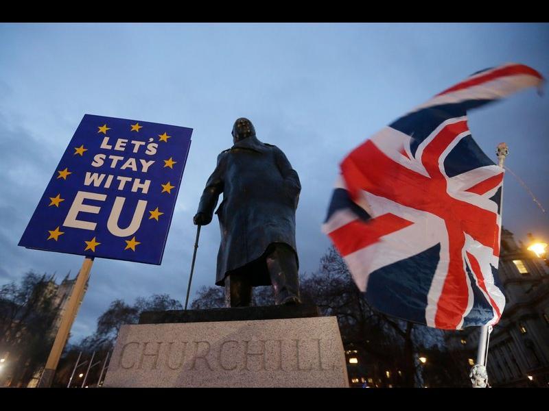 "При ""Брекзит"" без сделка - визи за европейците"