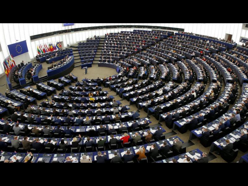 Дясноцентристите остават първи в Европарламента, очаква се ръст на крайнодесните