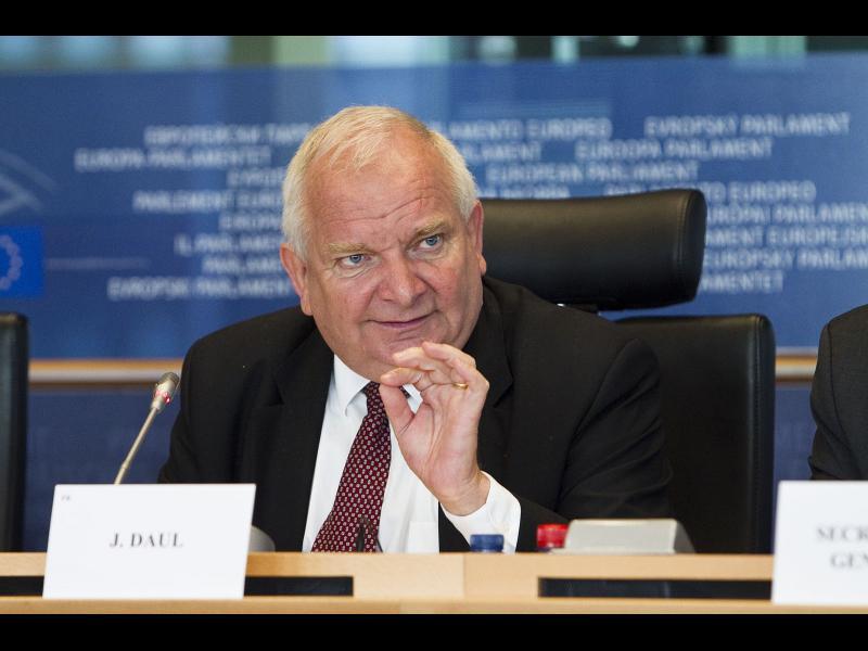 Жозеф Дол призова десните да се явят на вота заедно с ГЕРБ