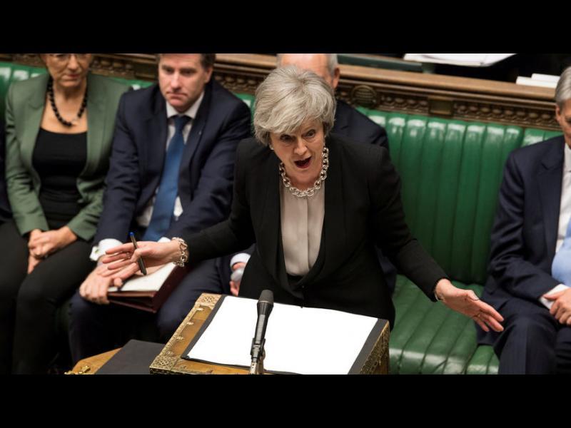 Британският парламент решава дали да блокира Брекзит без сделка