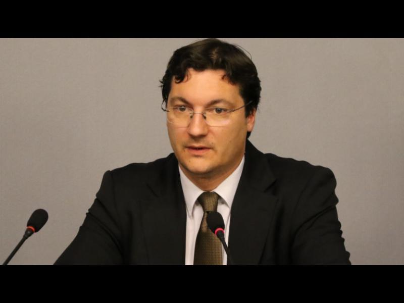 Зарков: ГЕРБ продължават с театралното хвърляне на оставки до следващия гейт