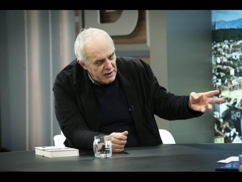 """Андрей Райчев: Борисов си взе партията от Цветанов чрез """"Апартаментгейт"""""""