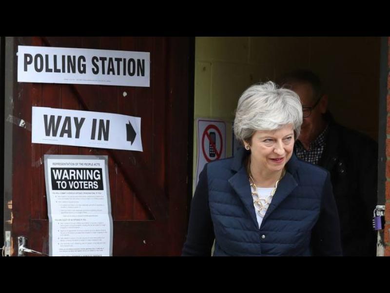 Избирателите на Острова наказаха и управляващите, и опозицията