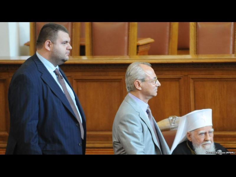 Съюзът на съдиите иска ВСС да провери дали Пеевски кадрува в правосъдието