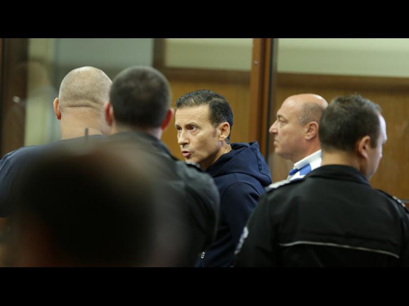 Миню Стайков уличи спецпрокурор в сговор с конкуренцията
