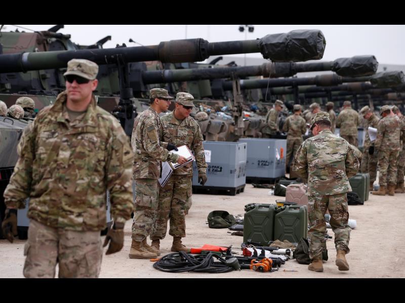 САЩ ще прехвърлят 2000 войници от Германия в Полша