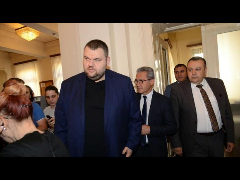 ДПС призовават Борисов да си реши коалиционните проблеми