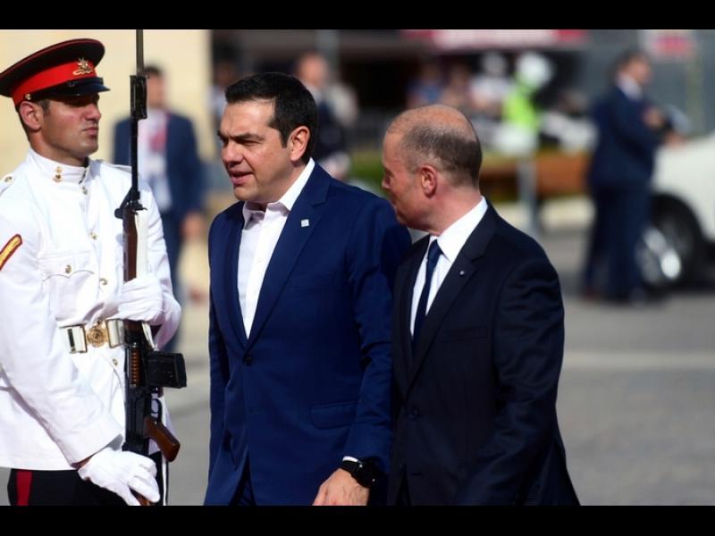 Гърция плаши Турция със санкции
