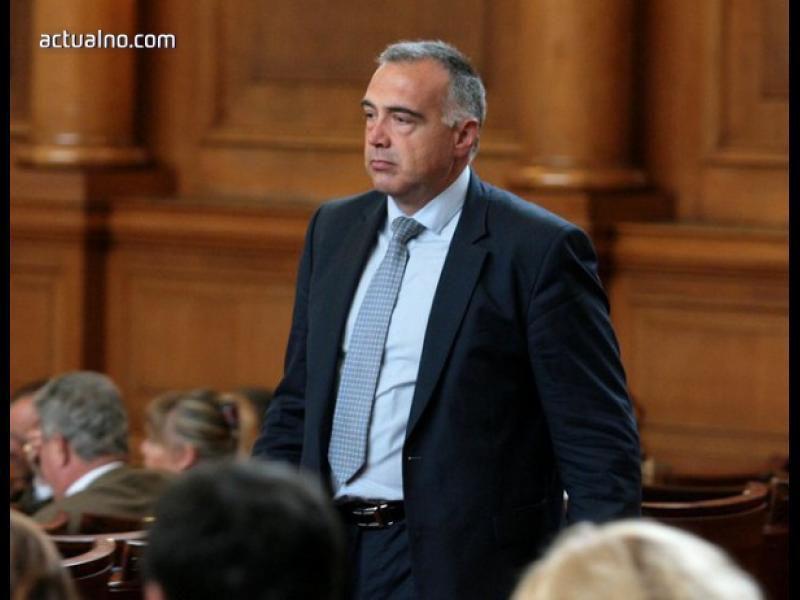 Антон Кутев отстранен като зам.-председател на ПГ на БСП
