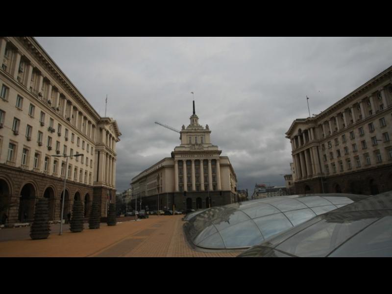 Ремонтът на Ларгото няма да се плати от данъкоплатците, увери Боил Банов