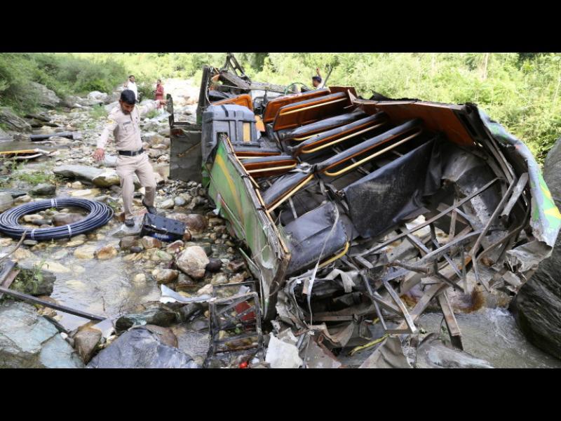 39 жертви и 6, 8 млн. засегнати от наводненията в Индия