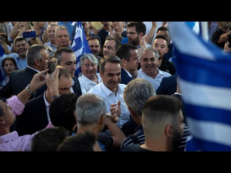 """Крайнодясната '""""Златна зора"""" остана извън гръцкия парламент"""