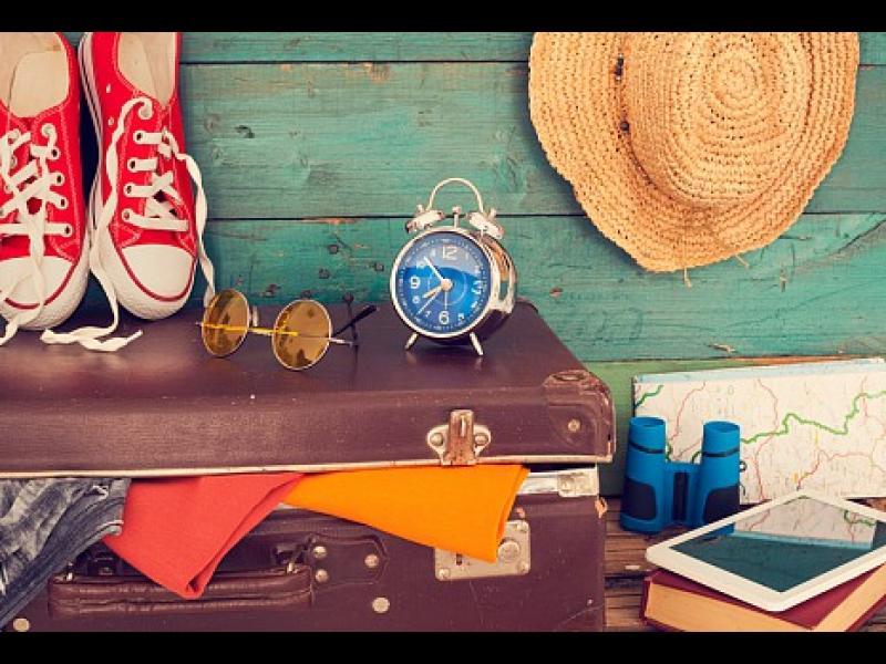 Дрехи за пътуване - какво да вземеш в куфара си