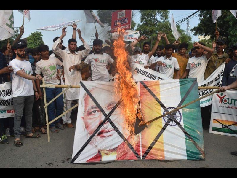 Пакистан заплаши Индия с война заради Кашмир