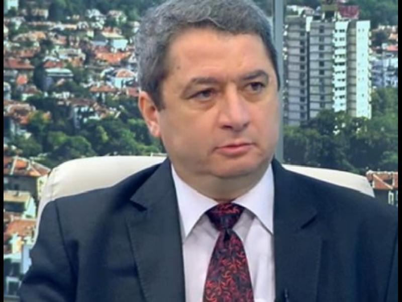 Емануил Йорданов: Концепцията на Иван Гешев е противоречива и тревожи - картинка 1
