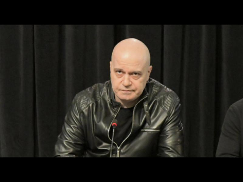 Алфа Рисърч: Партията на Слави Трифонов стартира с 8,3%, ако сега има избори - картинка 1