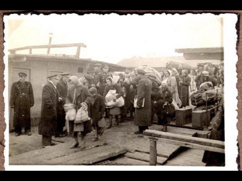Асоциацията на оцелелите от Холокоста към Румен Радев: Чистите авторитета на държавата с подменена версия на историята - картинка 1