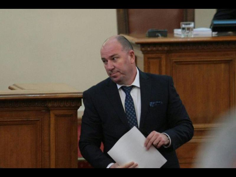 Нов депутат от ВМРО се отървал от фирма с половин милион дълг към хазната