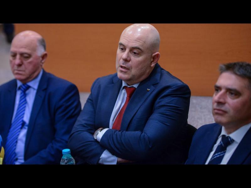 Съдебният съвет бърза да прегласува Гешев за главен прокурор