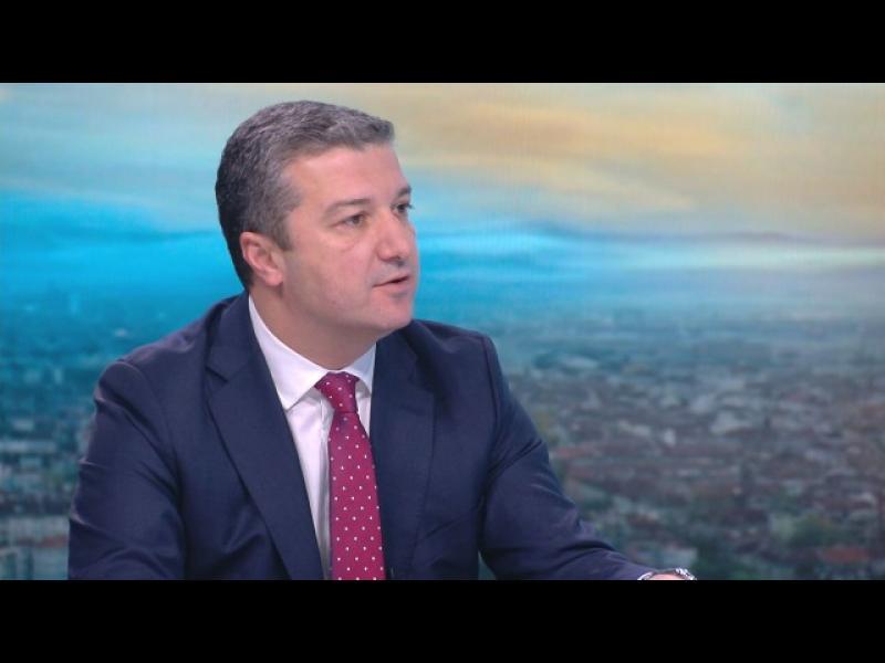 """И БСП видя в Цацаров """"безспорно силна кандидатура"""" за шеф на антикорупционната комисия"""