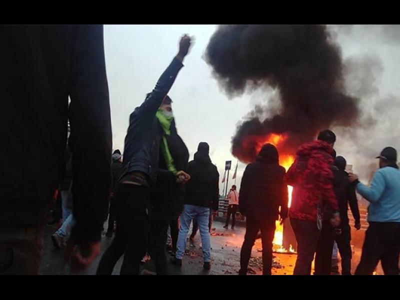 Ройтерс: 1500 убити при потушаването на протестите в Иран