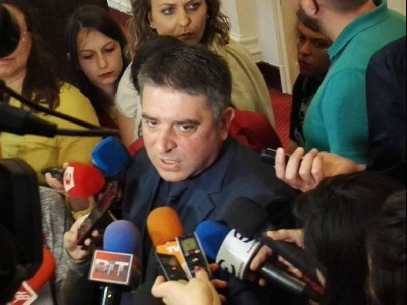 Кирилов vs д-р Филипов: Ще чакам мъдрото действие на Провидението!