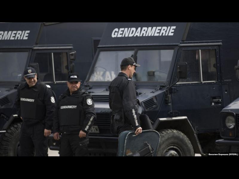 Жандармерията и баретите стават мегазвено за охрана и арести