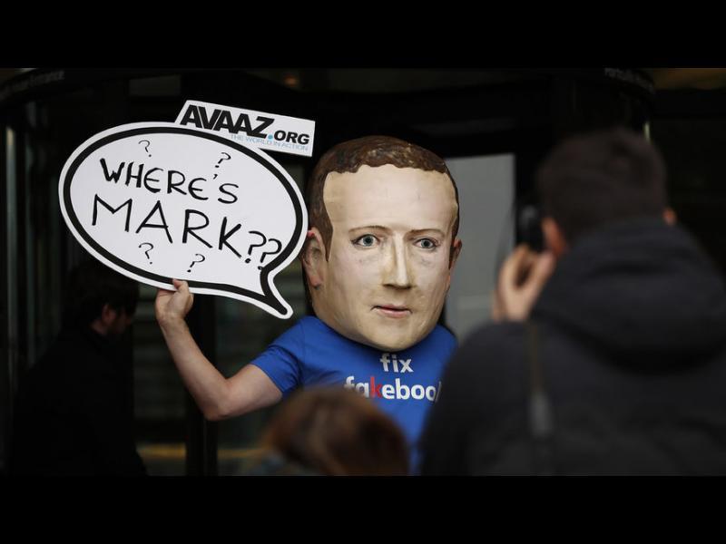 """НАТО си купи хиляди лъжи и фалшиви коментари в социалните мрежи """"само за 300 евро"""""""