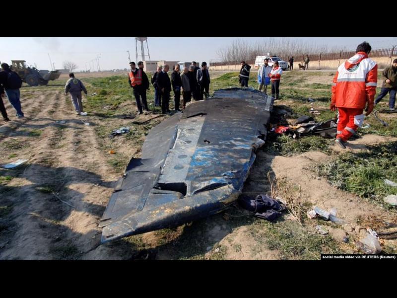 Иран арестува човека, публикувал видеото, което показва как ракета удря украинския самолет