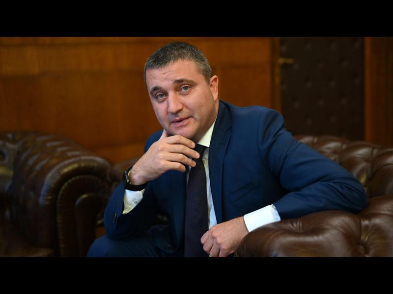 Горанов предлага да поеме контрола над хазарта